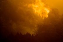brennender Nebel bei Sonnenaufgang